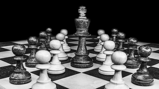 game of chess black and white