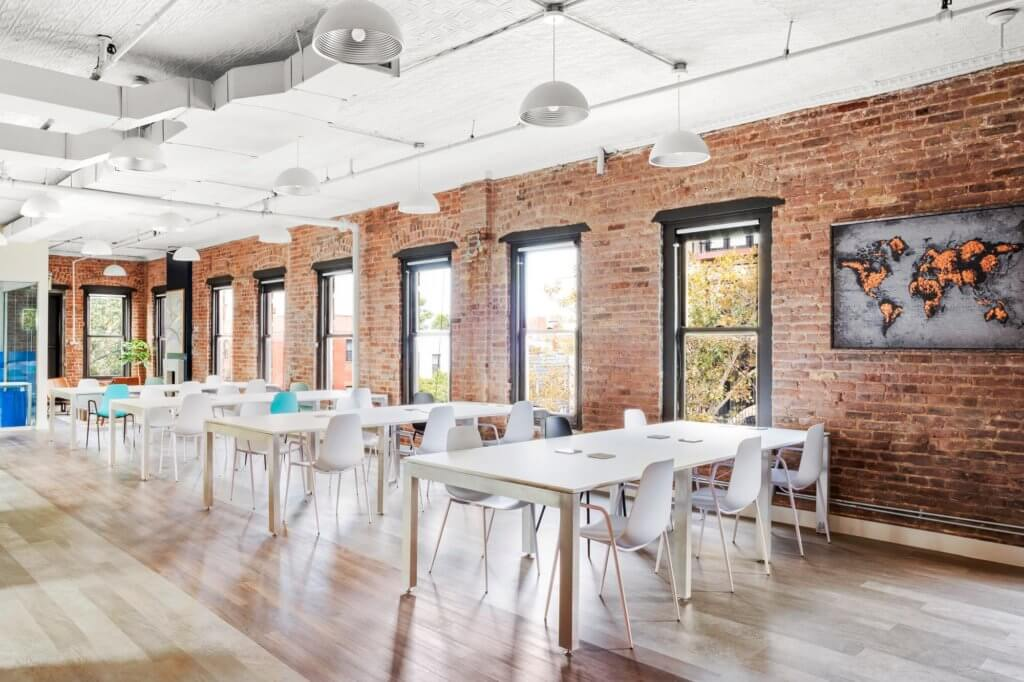 Class-and-Co-Bold-Patents-Brooklyn-Coworking-Spaces-Complete-Classroom