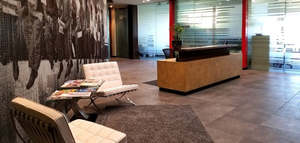 Bold-Patents-Cross-Campus-Coworking-Space-Scottsdale-Phoenix-AZ-Reception-and-Waiting-Area